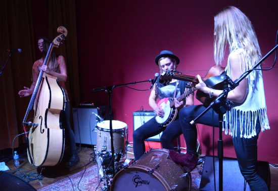 Baskery at GulliversNQ 23 October 2014