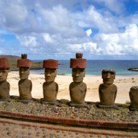 image of Moai on Rapa Nui