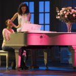 Alexandra Burke as Rachel Marron and Melissa James as Nicki Marron in THE BODYGUARD