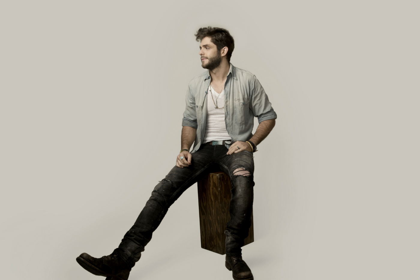 Thomas Rhett image courtesy Joseph Llanes and chuffmedia.com