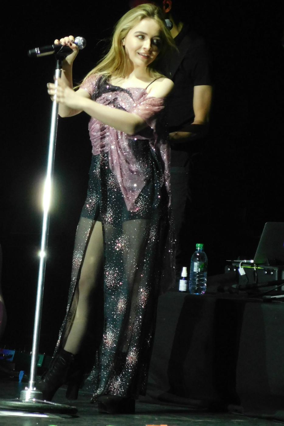 Sabrina Carpenter at Manchester Arena