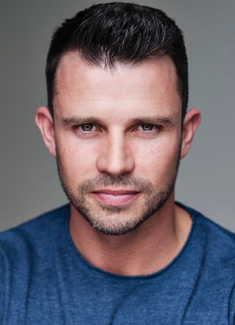 Neil McDermott stars in The Sound of Music at the Palace Theatre Manchester
