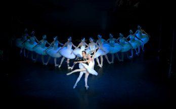 Saint Petersburg Classical Ballet perform Swan Lake at Storyhouse Chester