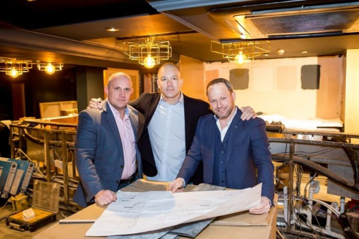 Club Arvina -Steve Smethurst, Chris Bacon and Lenny Cunningham credit Couture Foto