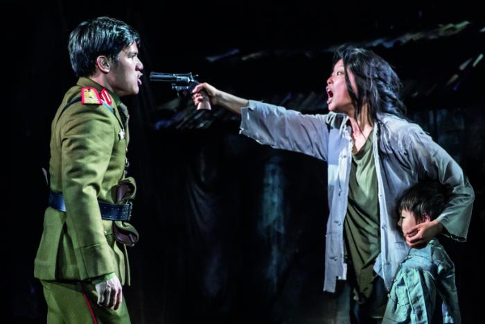 MISS SAIGON comes to Manchester Palace Theatre - Gerald Santos 'Thuy' and Sooha Kim 'Kim' - image courtesy Johan Persson