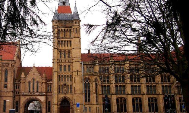 A Rubbish Night at the Museum – Do residents in Manchester have to live surrounded by rubbish