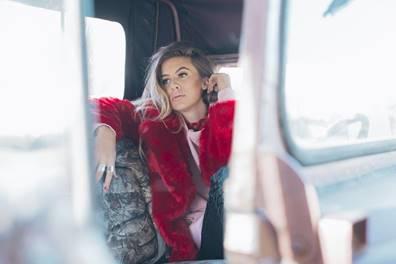 Kassi Ashton will join the CMA Songwriters Series tour - image courtesy Alysse Gafjken