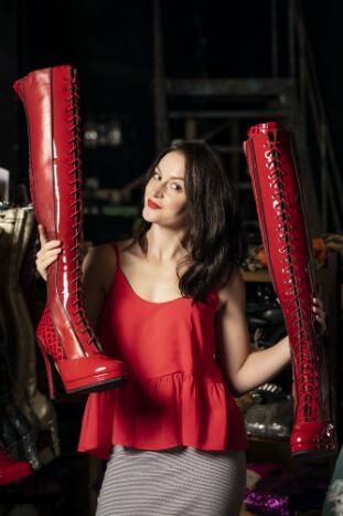 Manchester Theatre - Paula Lane will star as Lauren in Kinky Boots at Manchester Opera House - image courtesy Helen Maybanks
