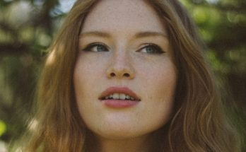 Freya Ridings has revealed the video for new single You Mean The World To Me