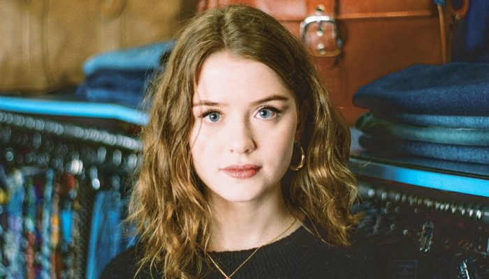 Maisie Peters will headline at Manchester gig at the Deaf Institute