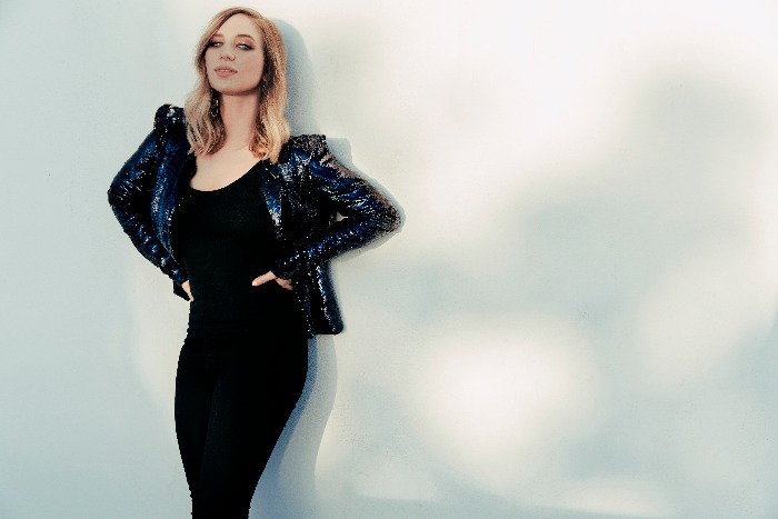 Olivia Lane announces UK tour including Night and Day gig