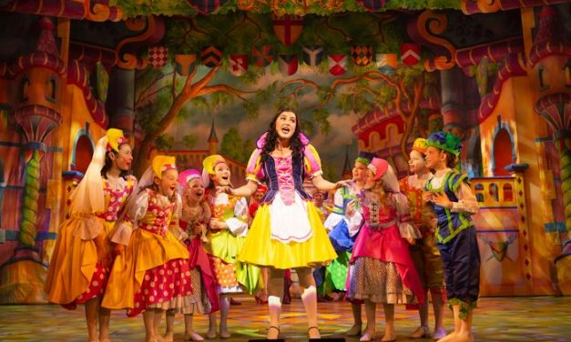 In Review: Snow White at Manchester Opera House