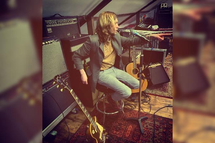 Jake Fletcher live gig review – Visit Saddleworth