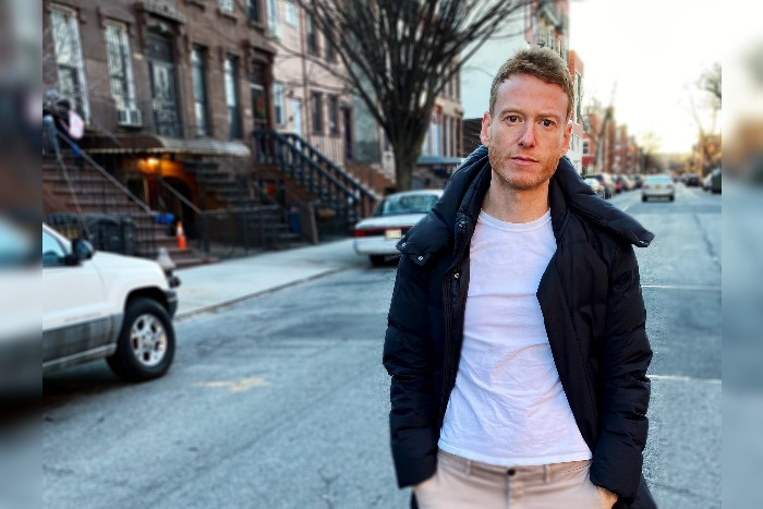 Teddy Thompson announces rescheduled Band on the Wall gig