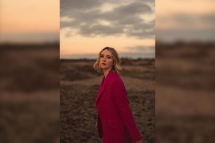 Lilla Vargen shares new track, confirms Deaf Institute gig
