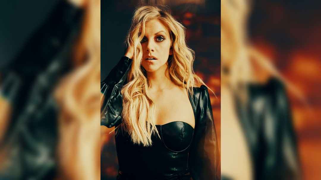 Lindsay Ell returns with new single Hits Me