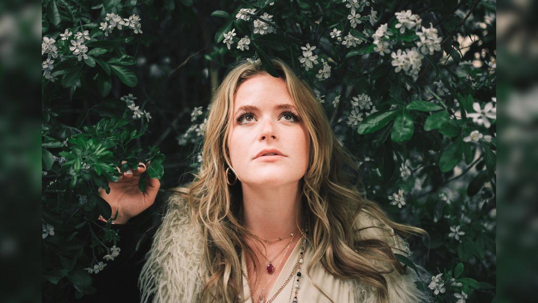 Lexi Berg shares new single Helpless To Help You