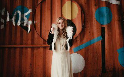 Lexi Berg shares new single Midnight Sun