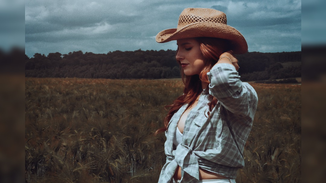 Jeorgia Rose returns with new track Recipe For Disaster